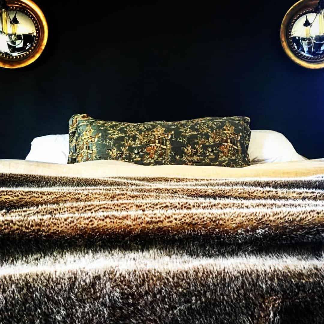 Dormitorio-negro-Diseño-excepcional-del-interior-de-dormitorio-2020